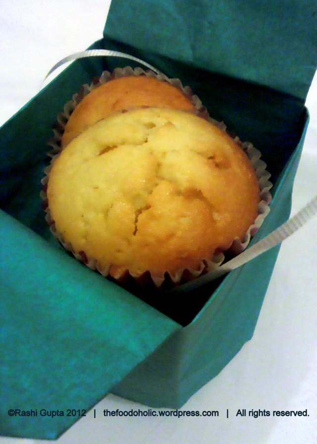 Boozy cupcakes - pina coloda